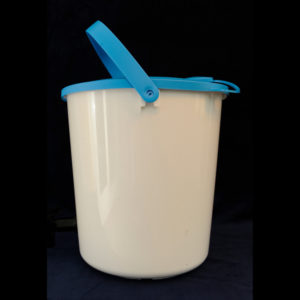 Cosy Range 14L Sealable Feed or Water Bucket